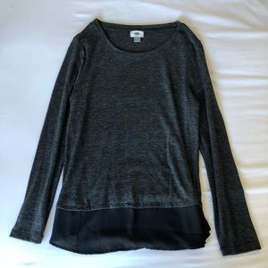 Charcoal gray long sleeve tee